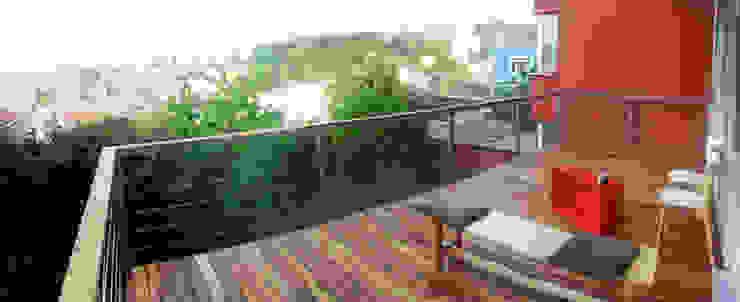 Mevsimlik Teras Çözümü Kırsal Balkon, Veranda & Teras Meydan Mimarlik Ltd. Şti Kırsal/Country Ahşap Ahşap rengi