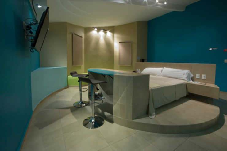 Hotel C5C Dormitorios modernos de DIN Interiorismo Moderno
