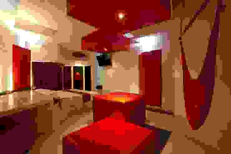 Hotel Dulce Boca Dormitorios modernos de DIN Interiorismo Moderno