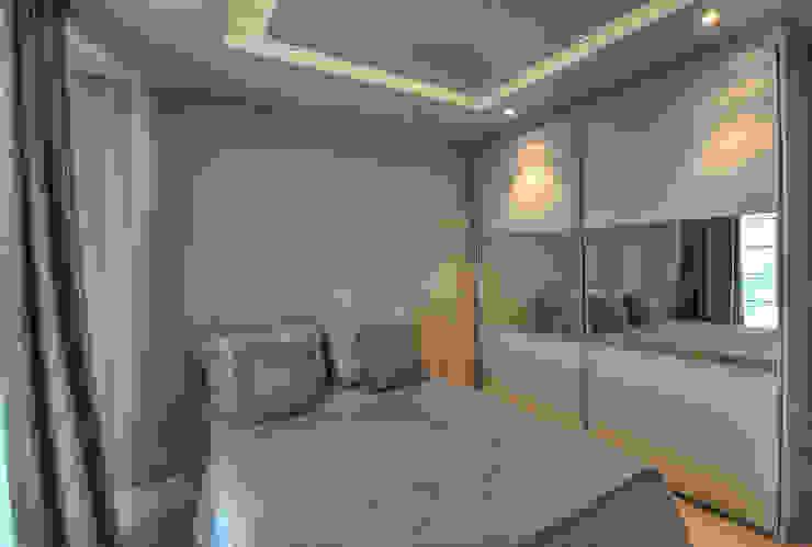 Modern style bedroom by Pauline Kubiak Arquitetura Modern Glass