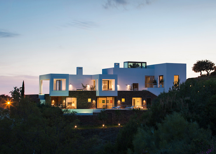 Los Altos de Marbella Casas de estilo mediterráneo de Yeregui Arquitectos Mediterráneo