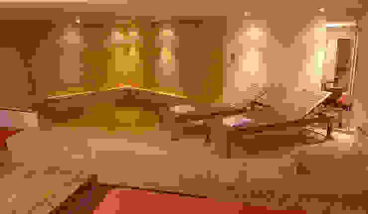 Modern Pool by DIN Interiorismo Modern