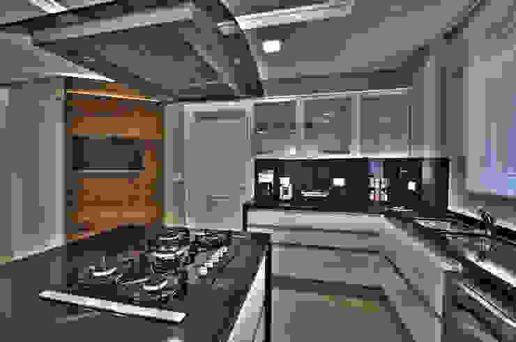 Kitchen Cozinhas modernas por Pauline Kubiak Arquitetura Moderno
