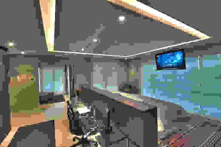 Bedroom by Pauline Kubiak Arquitetura