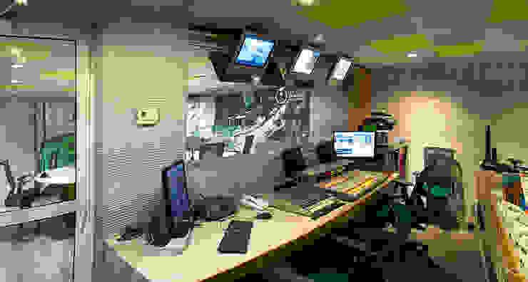 Grupo Imagen Estudios y despachos modernos de DIN Interiorismo Moderno
