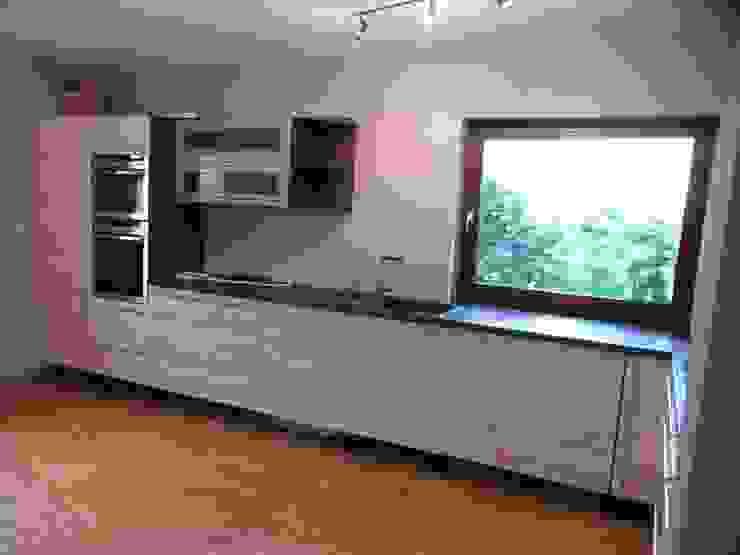 Küche nachher Moderne Küchen von Grandi+Lutze Modern