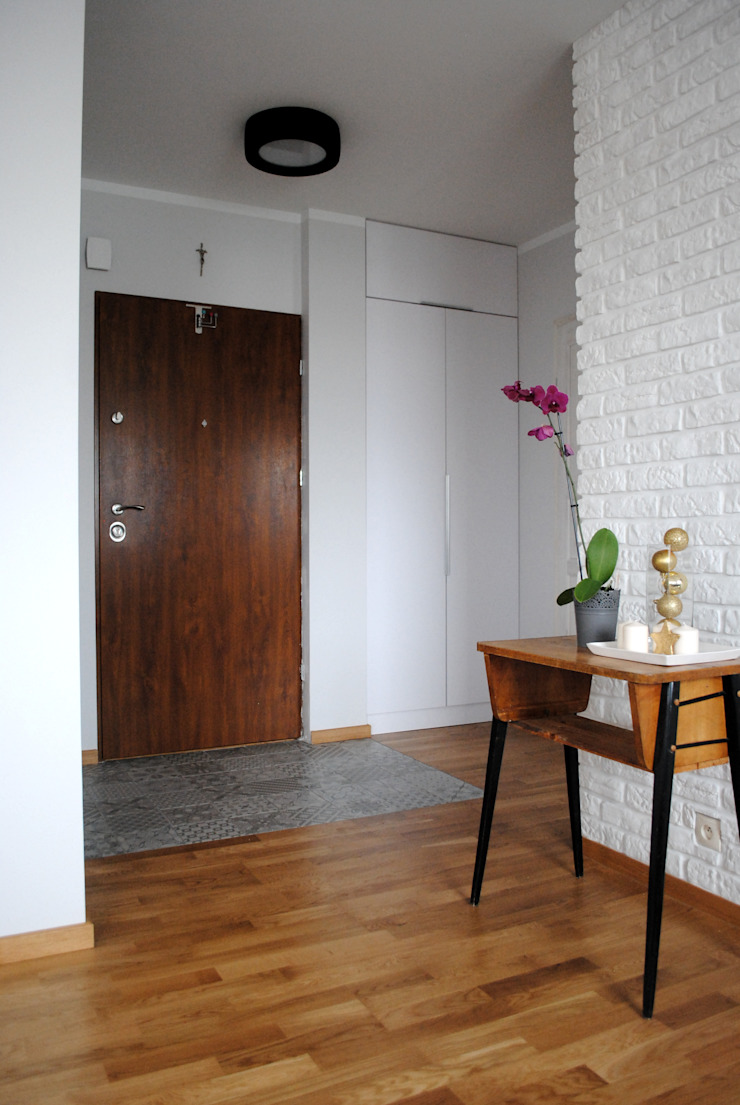 Mieszkanie, Białystok Skandynawski salon od IN STUDIO PRACOWNIA PROJEKTOWA Skandynawski Cegły