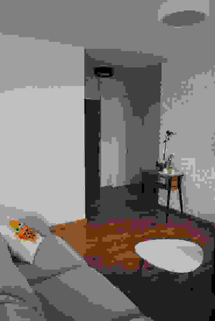 Mieszkanie, Białystok Skandynawski salon od IN STUDIO PRACOWNIA PROJEKTOWA Skandynawski