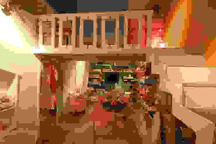 Casa Moro Salones modernos de DIN Interiorismo Moderno