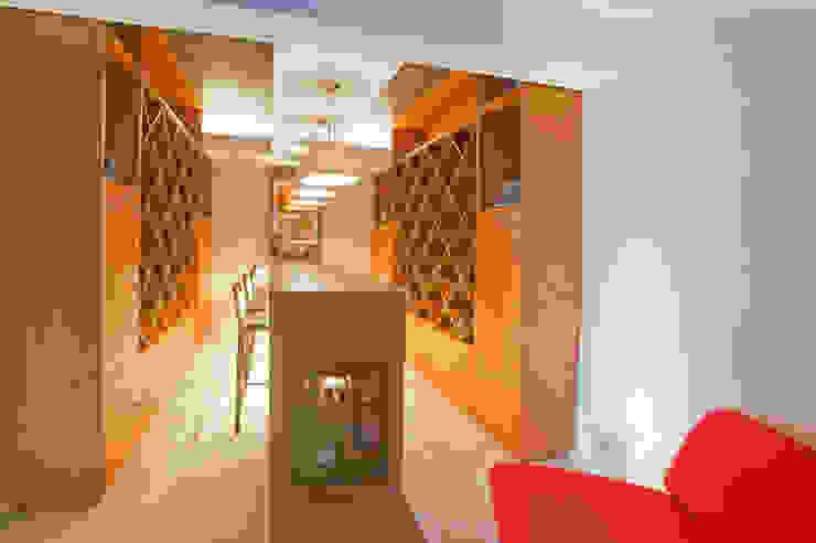 Casa Ulpi Bodegas modernas de DIN Interiorismo Moderno