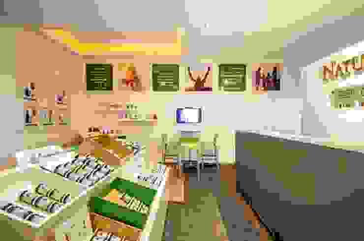 Nature´s Sunshine Estudios y despachos modernos de DIN Interiorismo Moderno