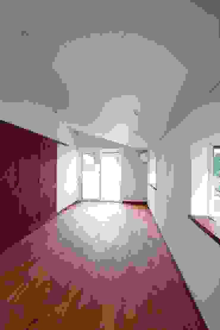 2階、子供室 クラシックデザインの 子供部屋 の 中川龍吾建築設計事務所 クラシック 木 木目調