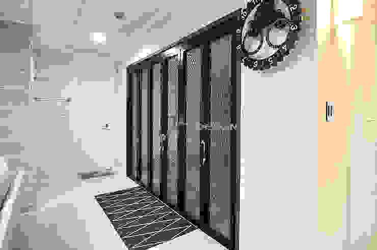 JMdesign Koridor & Tangga Modern