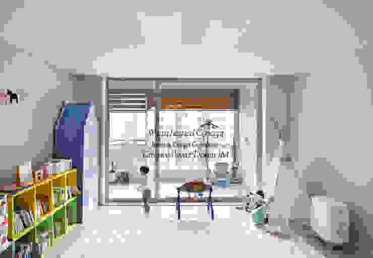 수원 정자동 한라비발디 27평: JMdesign 의  거실,모던