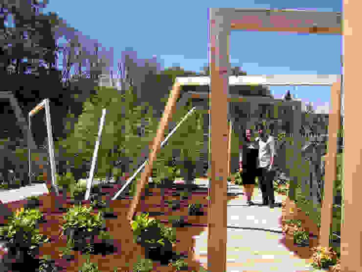 Jardines de estilo mediterráneo de Aida Lopez Paisajista Mediterráneo