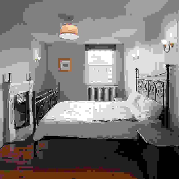 Cambridgeshire House Camera da letto rurale di APE Architecture & Design Ltd. Rurale