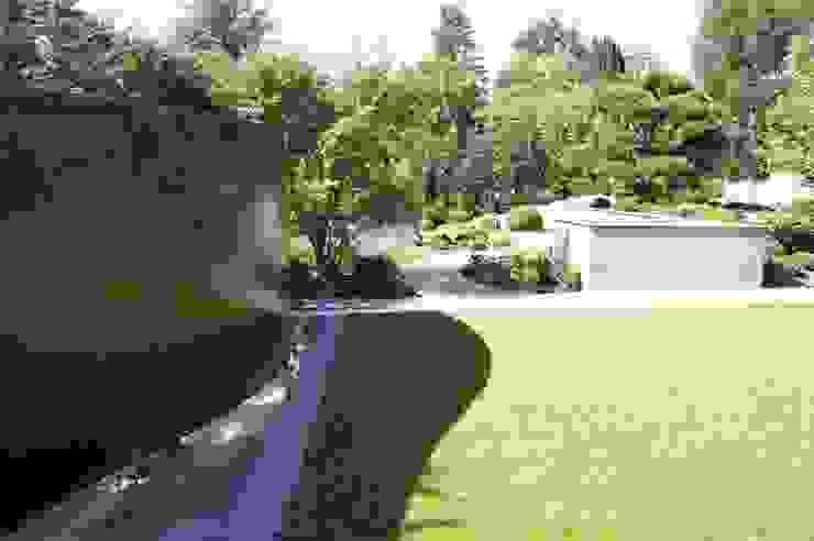 Cortenstahl-Wasser-Wand Moderner Garten von dirlenbach - garten mit stil Modern