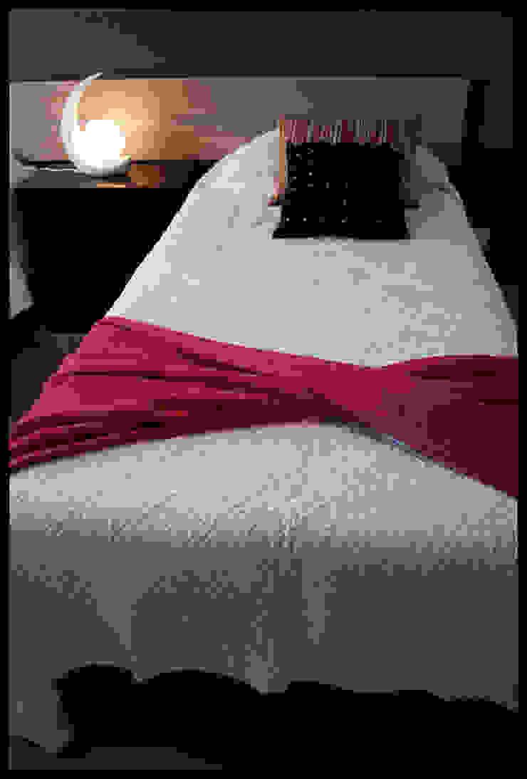 Detalles del Segundo Dormitorio Dormitorios eclécticos de Diseñadora Lucia Casanova Ecléctico