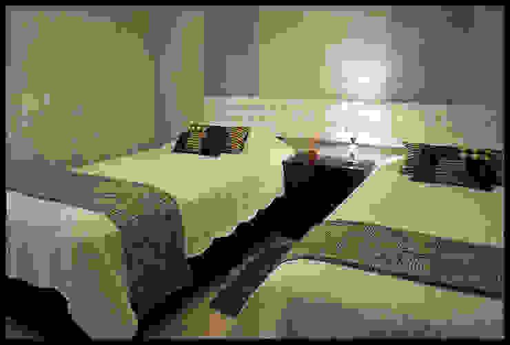 Dormitorio personalizado y eclectico Dormitorios de estilo ecléctico de Diseñadora Lucia Casanova Ecléctico
