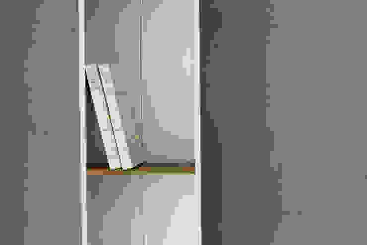 Studio California Livings modernos: Ideas, imágenes y decoración de Concrete LCDA Moderno Hormigón