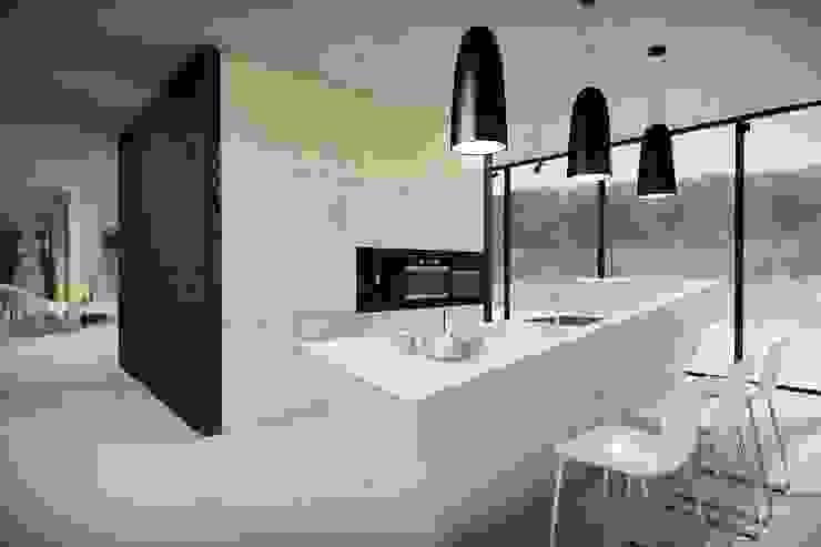 Кухня в стиле минимализм от OMCD Architects Минимализм Бетон