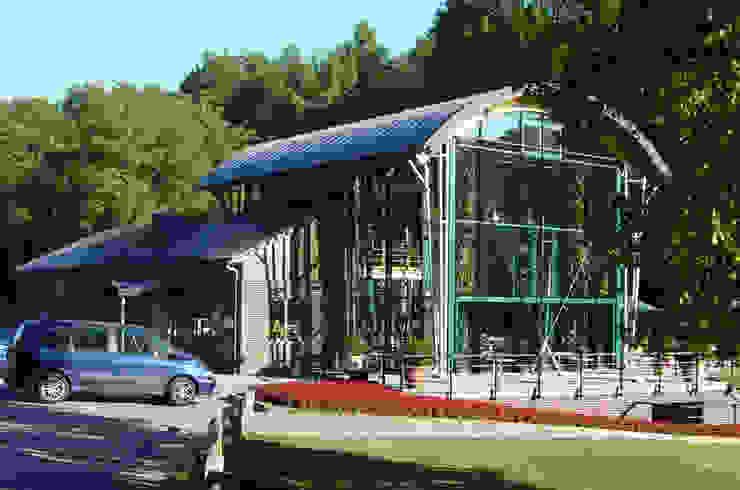 Дома в стиле модерн от DELTA Architects Belgique Модерн