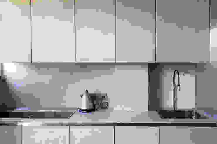 Concrete Flat Modern Kitchen by Concrete LCDA Modern Concrete