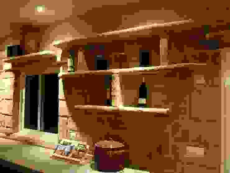 Bodegas de vino de estilo rústico de LuisyAnacb Rústico Caliza