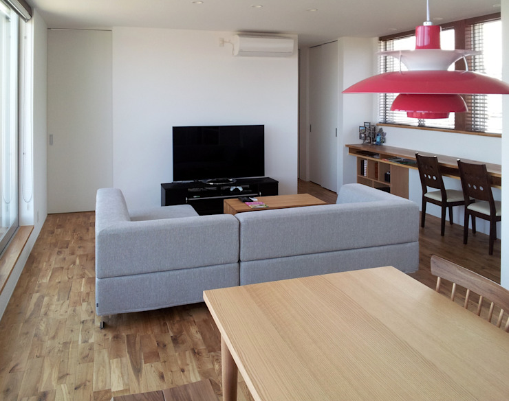 Modern Living Room by SO-DESIGN建築設計室 Modern Wood Wood effect