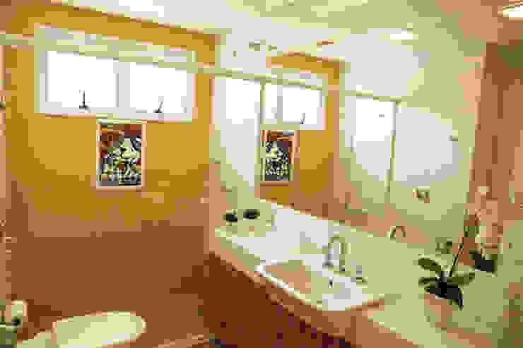 Banheiro para Criança Casas de banho modernas por Suelen Kuss Arquitetura e Interiores Moderno Mármore