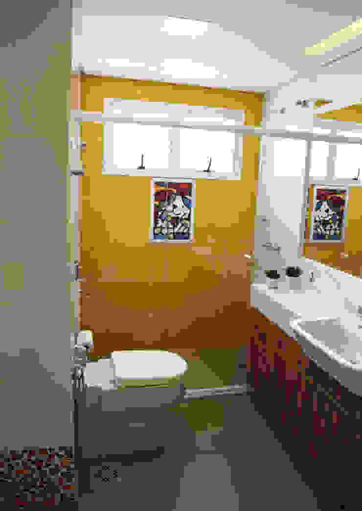 Banheiro para Criança! Casas de banho modernas por Suelen Kuss Arquitetura e Interiores Moderno Mármore