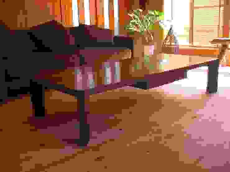 ローテーブル: woodworks MATSUBARAが手掛けた折衷的なです。,オリジナル 木 木目調