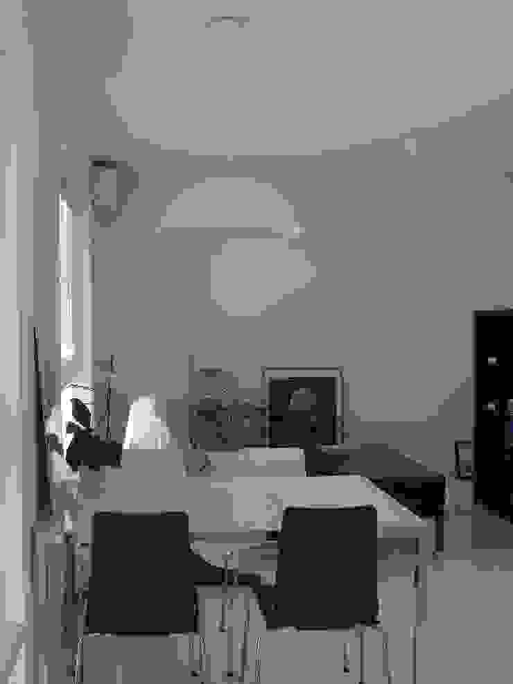 SIERPIŃSKIEGO Minimalistyczny salon od Małgorzata Gilarska Architekt Minimalistyczny