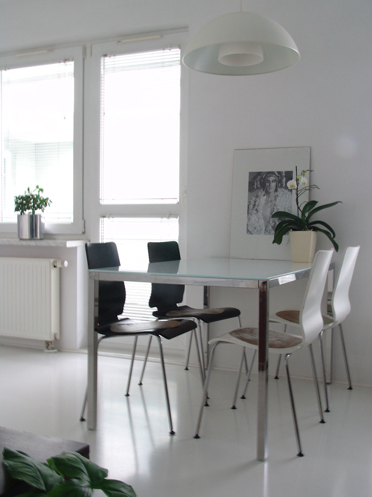 SIERPIŃSKIEGO Minimalistyczna jadalnia od Małgorzata Gilarska Architekt Minimalistyczny