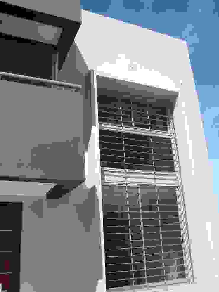 Casa PK Casas minimalistas de Brarda Roda Arquitectos Minimalista