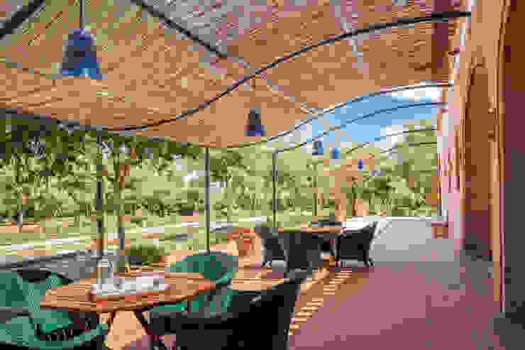 Jardins mediterrâneos por Studio Vetroblu_Stefano Ferrando Mediterrâneo