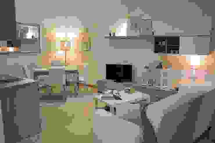 Loredana Vingelli Home Decor Living roomTV stands & cabinets Wood Wood effect