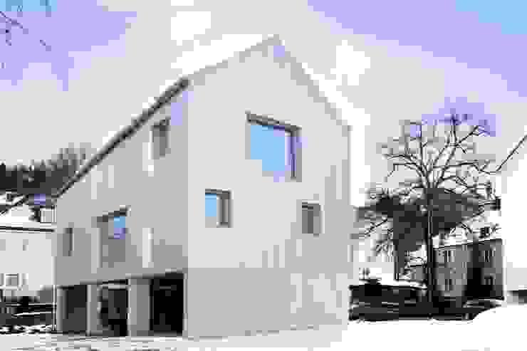 par Studio für Architektur Bernd Vordermeier Minimaliste Aluminium/Zinc