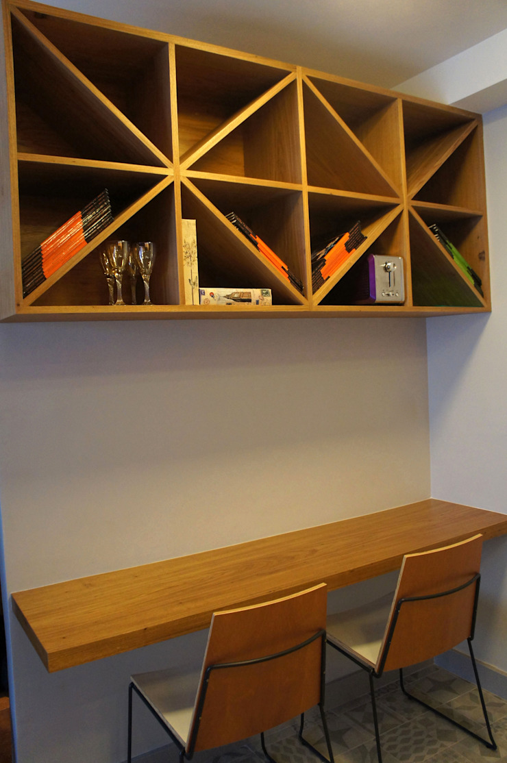 Modern style study/office by Elisa Vasconcelos Arquitetura Interiores Modern