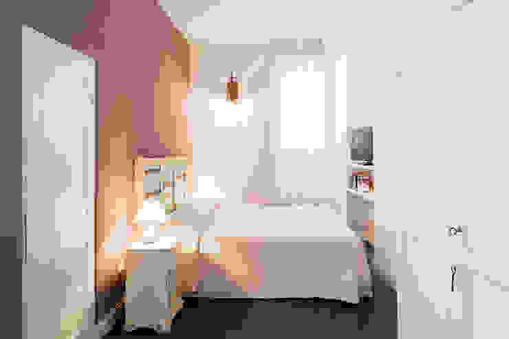 Studio Vetroblu_Stefano Ferrando Mediterranean style bedroom White