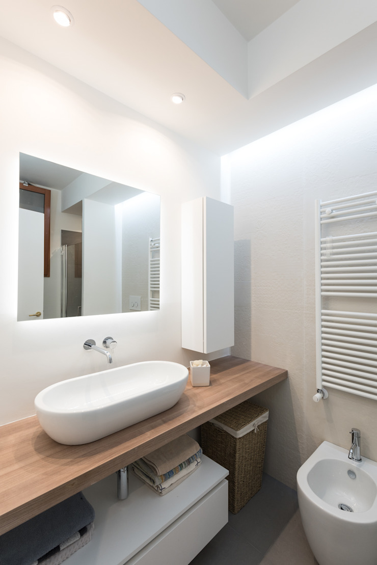 zero6studio - Studio Associato di Architettura Ванна кімната Керамічні Білий