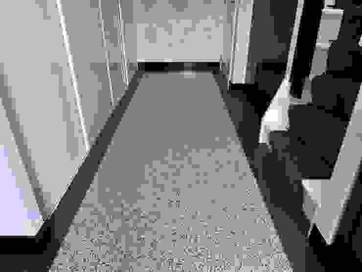 Terrazzo vloertegels Utrecht - www.mawitegels.nl Landelijke gangen, hallen & trappenhuizen van MAWI Tegels B.V. Landelijk Tegels