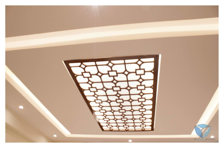 Mr.Sunder Raj Modern style bedroom by IN-CUBE STUDIO Modern Chipboard