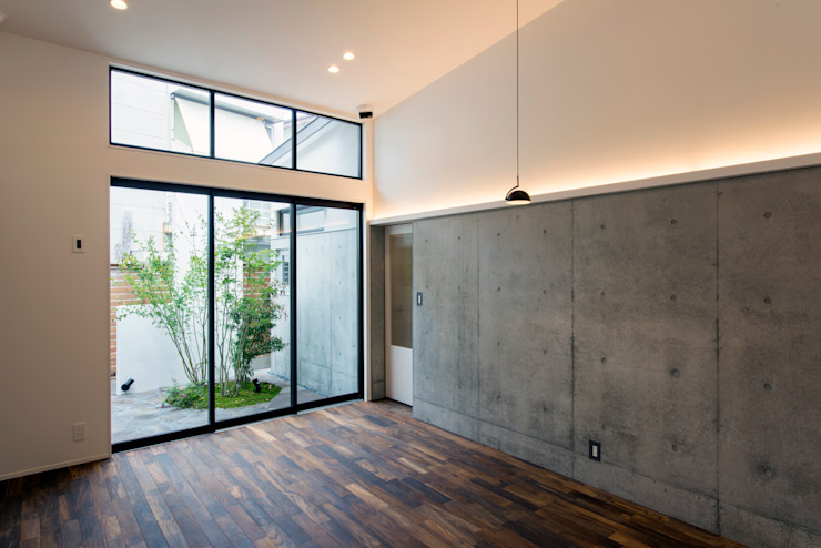 Sakurayama-Architect-Design Modern Media Room