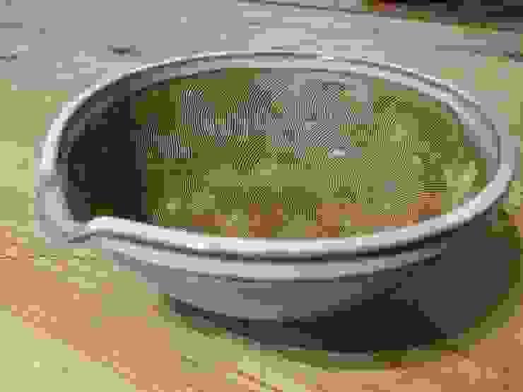 すり鉢 白: 圭秀窯が手掛けた現代のです。,モダン 陶器
