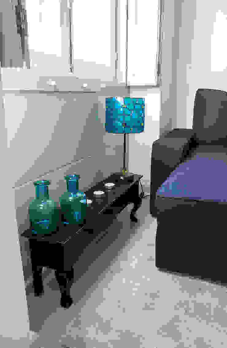Apartment Rehabilitation in the Chiado District Salas de estar modernas por Architecture Tote Ser Moderno