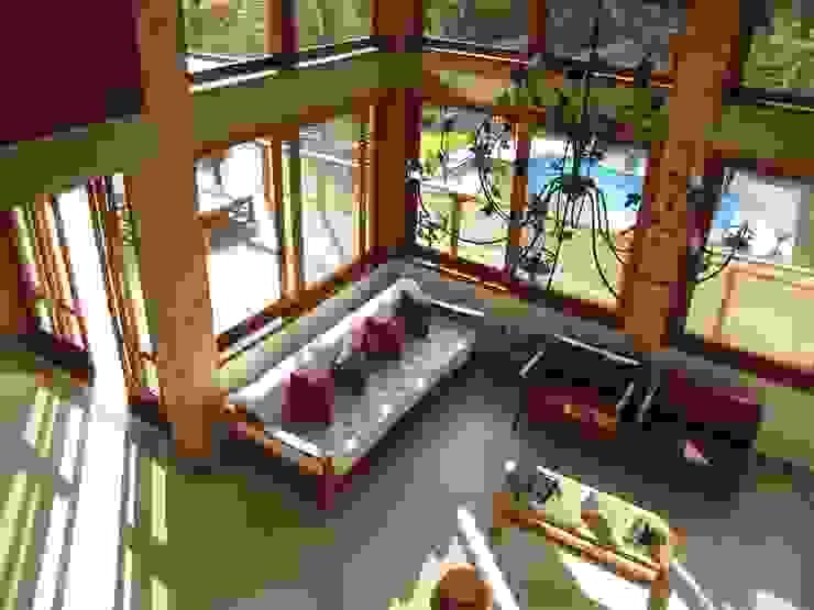 Casa de Campo - Atibaia  - SP : Salas de estar  por Studio LK Arquitetura e Interiores,Rústico