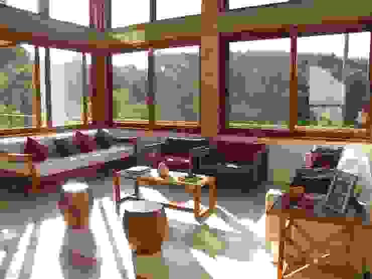 Salas de estilo rústico de Studio LK Arquitetura e Interiores Rústico
