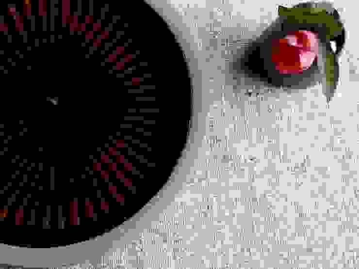 刷毛目: 圭秀窯が手掛けた現代のです。,モダン 陶器