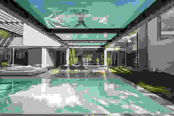 Minimalist pool by guedes cruz arquitectos Minimalist